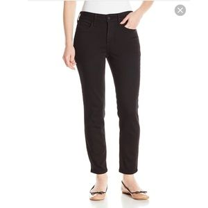 Not Your Daughter's Jeans black ankle straight leg